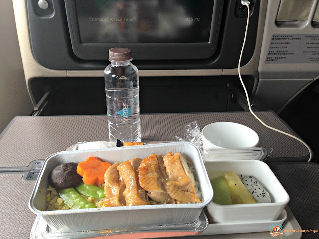 Cathay Pacific opinioni, Cathay Pacific recensione, cathay pacific aereo, volare con cathay pacific, dragon air
