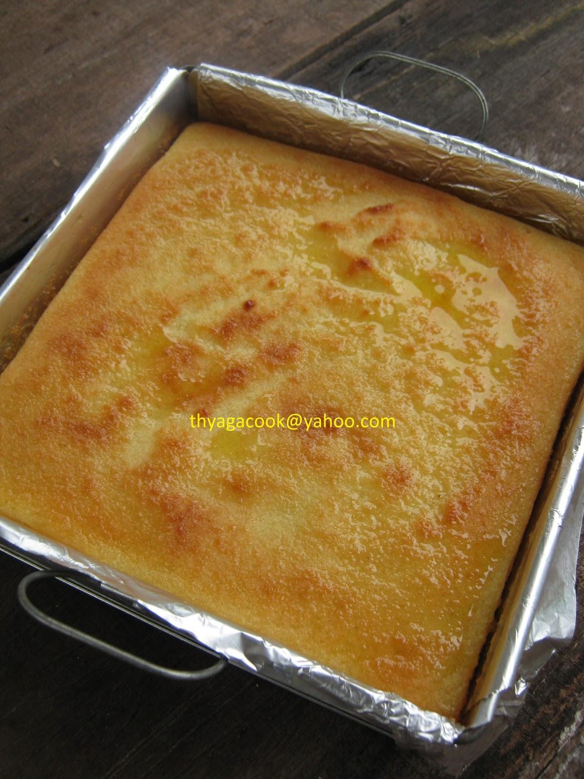 KARI LEAFS ... Malaysian flavour's: BAKED TAPIOCA CAKE