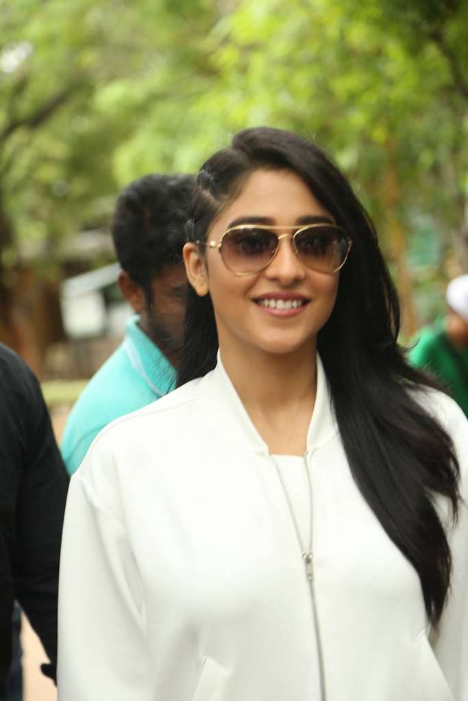 Hot Tollywood Actress Regina Cassandra Long Hair In White Shirt Black Jeans