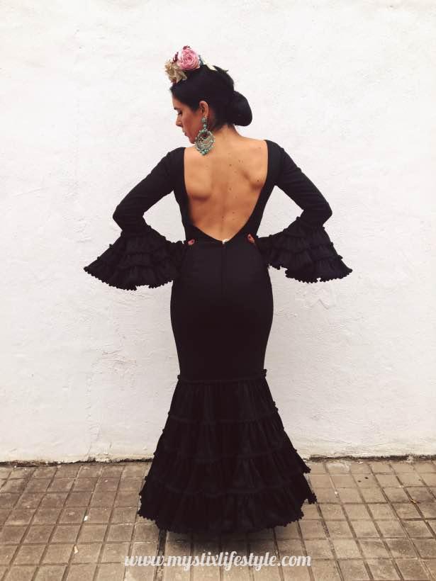 81b7683f7 Feria de Sevilla 2017. Traje de flamenca canastero negro - Mystix's ...