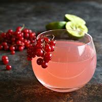 Sparkling-Red-Currant-Cosmopolitan-3