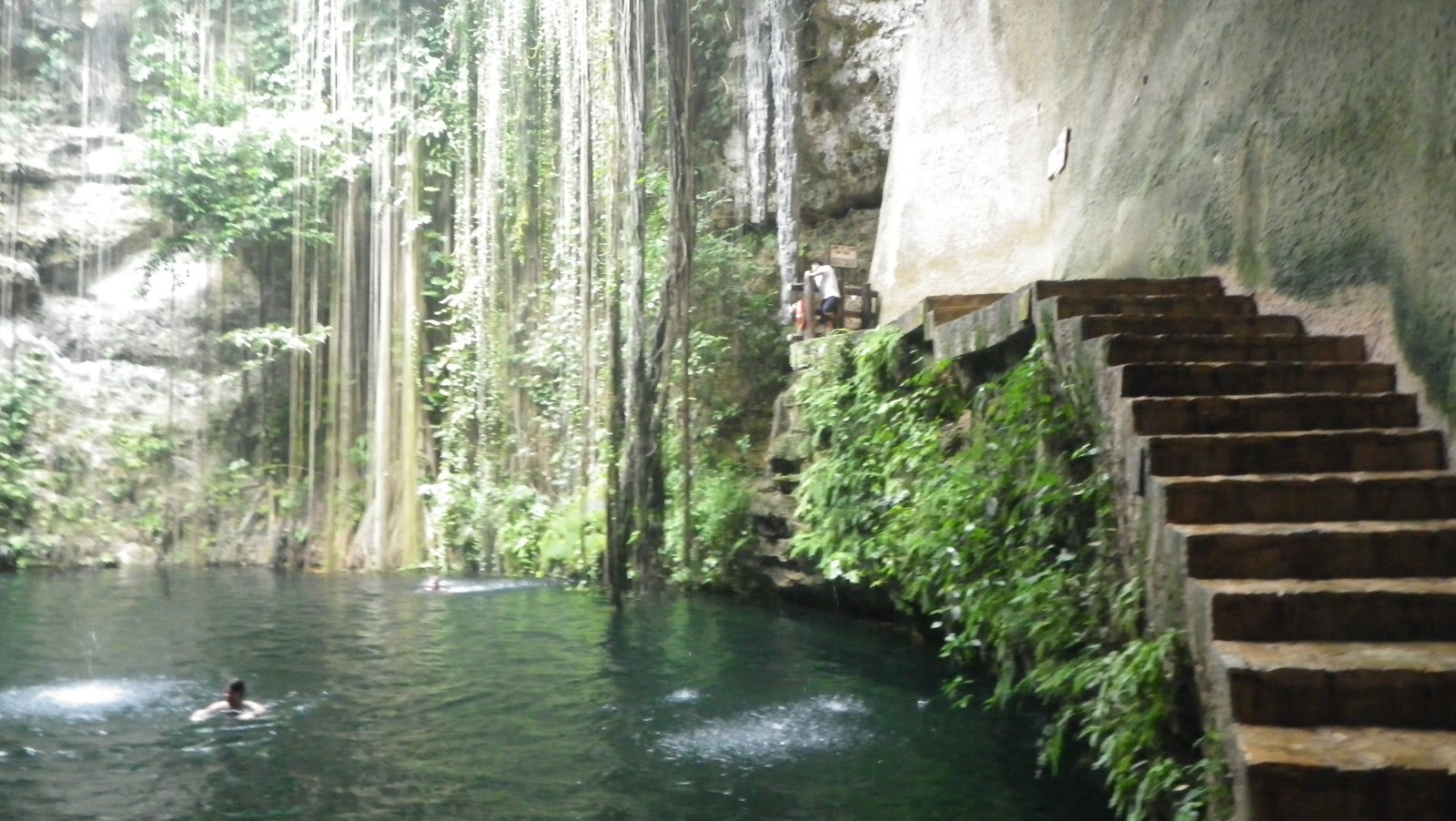 Ik Kil cenote Yucatn Mexico 10 Pic  Awesome Pictures