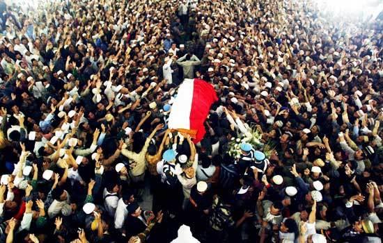 "Peristiwa Menakjubkan saat Pemakaman 2 Wali Allah ""Gus Dur dan Kiai Hamid Pasuruan"""