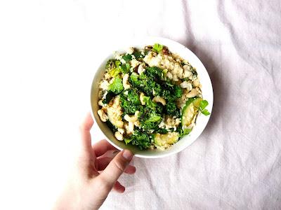 http://www.hippothefitpotato.fr/2016/09/poelee-vegetalienne-1-quinoa-courgette.html
