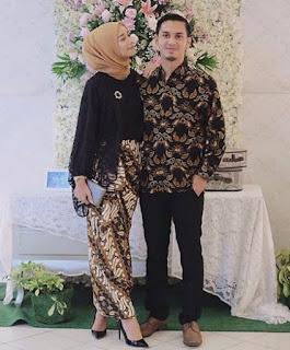 Contoh Model Baju Batik Couple Terbaru