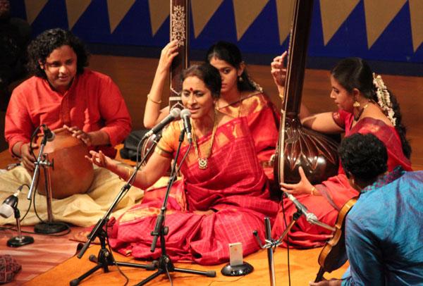 Amazing Carnatic Music | Raga Shanmukhapriya | Aruna ...