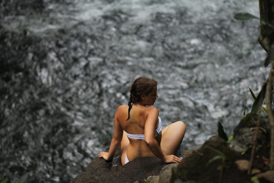 waterfall bali shppting model