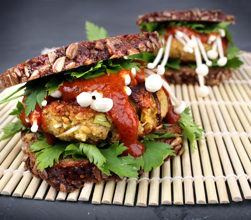 Oppskrift Kjøttfrie Burgere Kokebok Vegansk Burger Bønnespireburger Veganmisjonen Jane H. Johansen