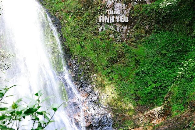 Charming Love Waterfall in Sapa 1