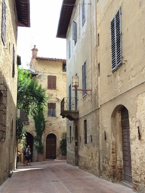 San-Gimignano-Tuscany-Glam-Italia-Tour-11