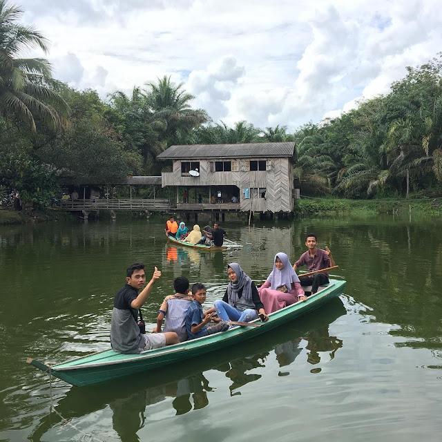 Danau Kecil Andalus Wisata Keluarga riau
