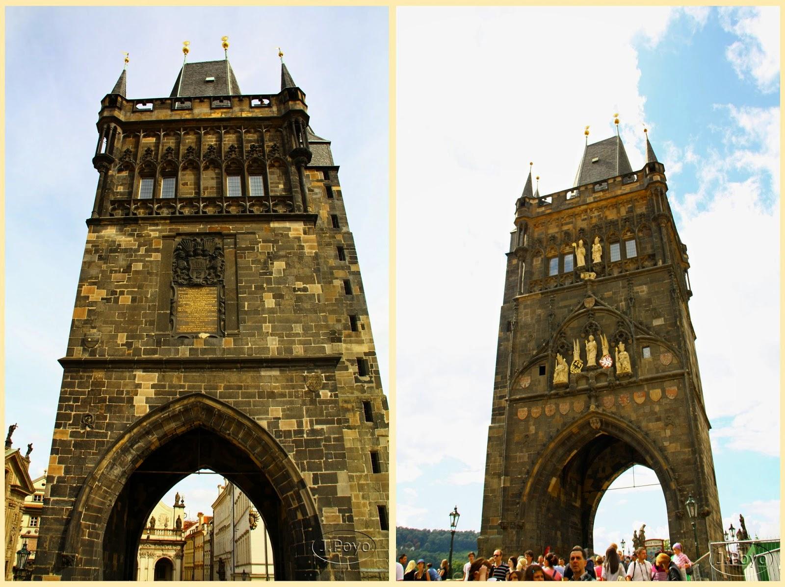 Torre del Puente de la ciudad vieja de Praga