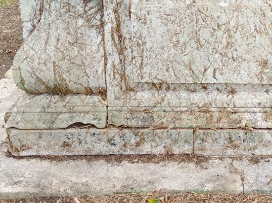 Photograph of Damage to the north side of the tomb - September 30, 2018  Image by the North Mymms History Project released under Creative Commons BY-NC-SA 4.0