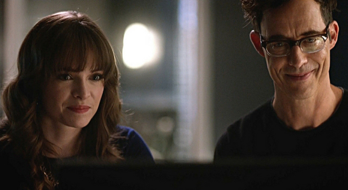 Caitlin Snow y Harrison Wells (The Flash)
