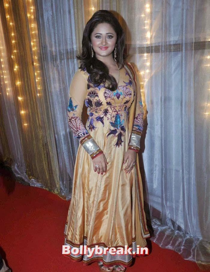 Rashmi Desai, Tv Babe Pics from Welingkar Fashion Show - Rashmi Desai, Vidya Malvade, Smita Bansal, Kritika Kamra
