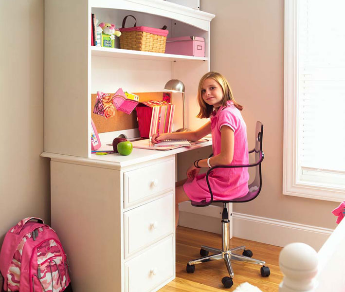 Study Room Furniture Ideas: Kids Study Room Furniture Designs.