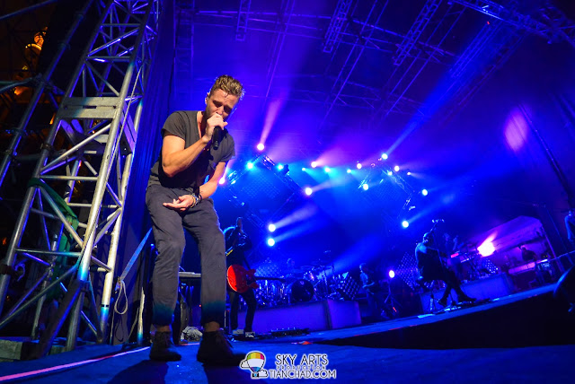 My favourite shot of Ryan Tedder @ OneRepublic Native Live in Malaysia 2013
