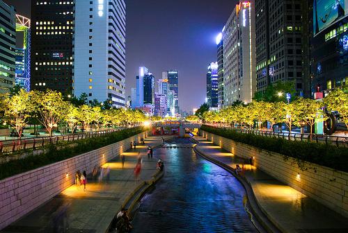Suối Cheonggyecheon - Thắng cảnh khó bỏ qua