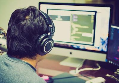 freelance programmer