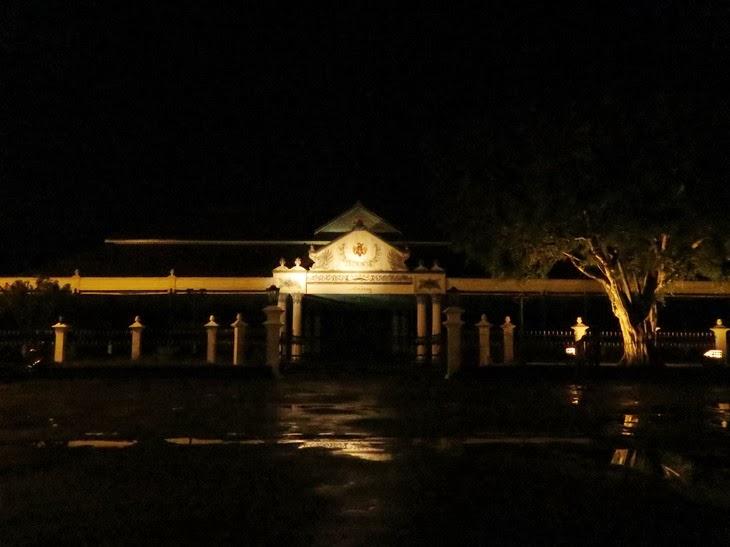 Keraton Yogyakarta malam hari - Destinasi Wisata Malam Yogyakarta