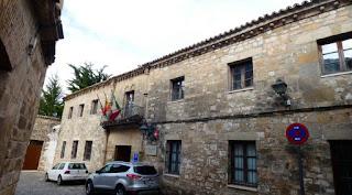 Casa del Blanquillo o Casa de las Bolas.