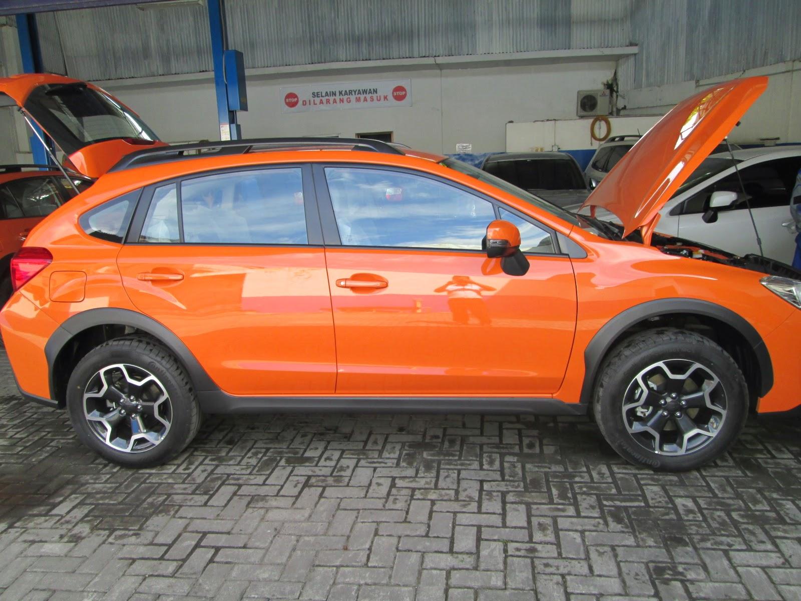 Subaru XV Orange