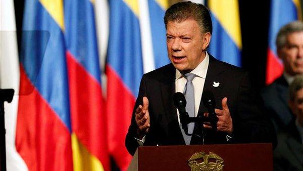 Gobierno de Colombia desmiente reunión entre Santos y Maduro