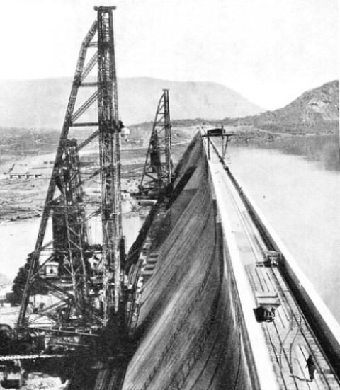 mettur dam history