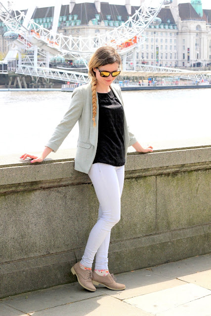 Outfit Challenge Travel Lifestyle Blogger London