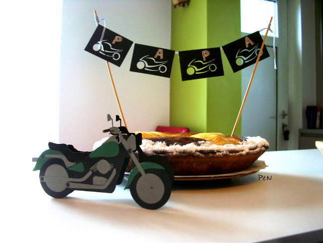 Pumps and Needles: Motorcycle card and cake topper