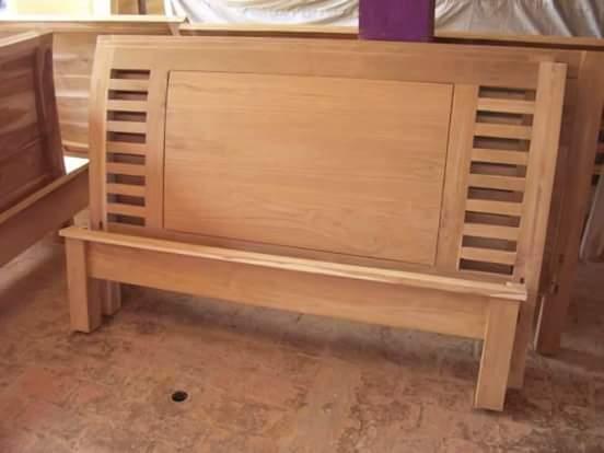 dipan kayu jati minimalis