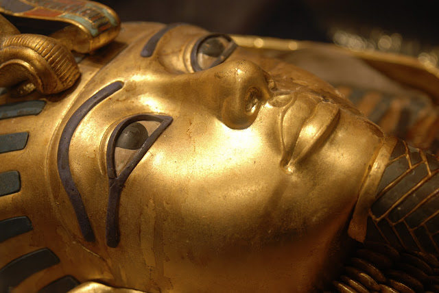 Investigation using next-generation radar technology to look for secret chamber in Tutankhamun's Tomb