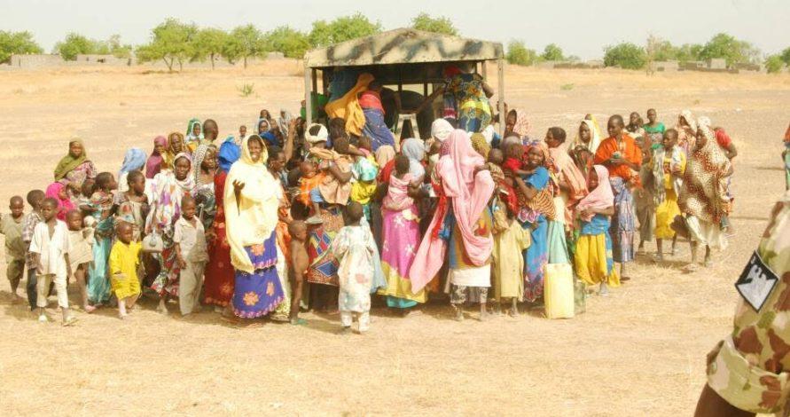 nigerian soldiers rescues 998 boko haram