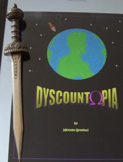 Portada del libro Dyscountopia, de Niccolo Grovinci