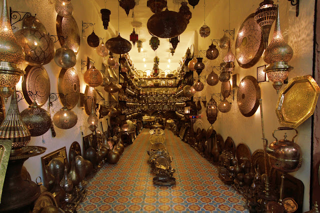 Interior tienda del zoco de Marrakech