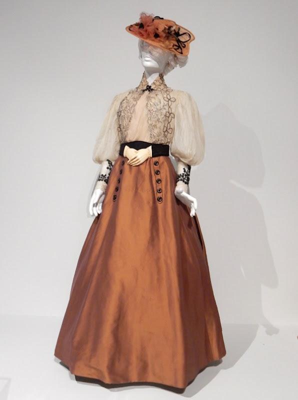 Edith Cushing Crimson Peak film costume