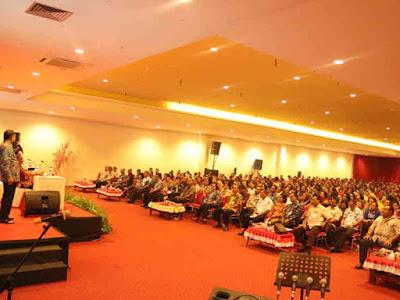 Jelang HUT Kota Ambon ke 443, Richard Louhenapessy Temui Pejabat  Eselon