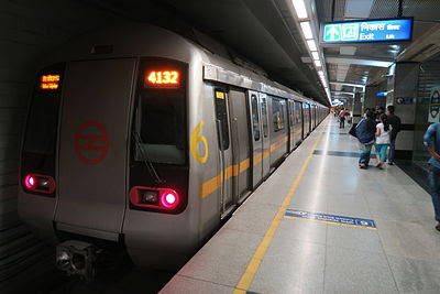 Delhi Metro to augment passenger capacity by 200,000 by March 2018