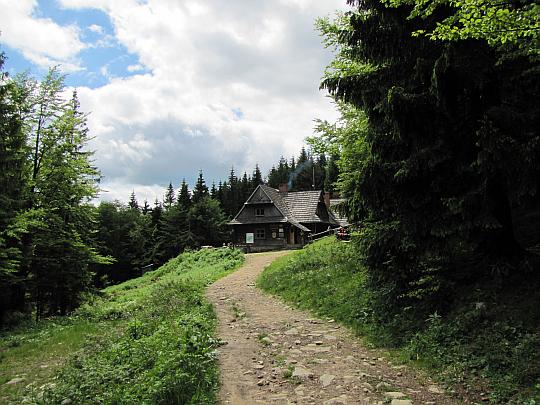 Schronisko PTTK na Hali Krupowej (1152 m n.p.m.).