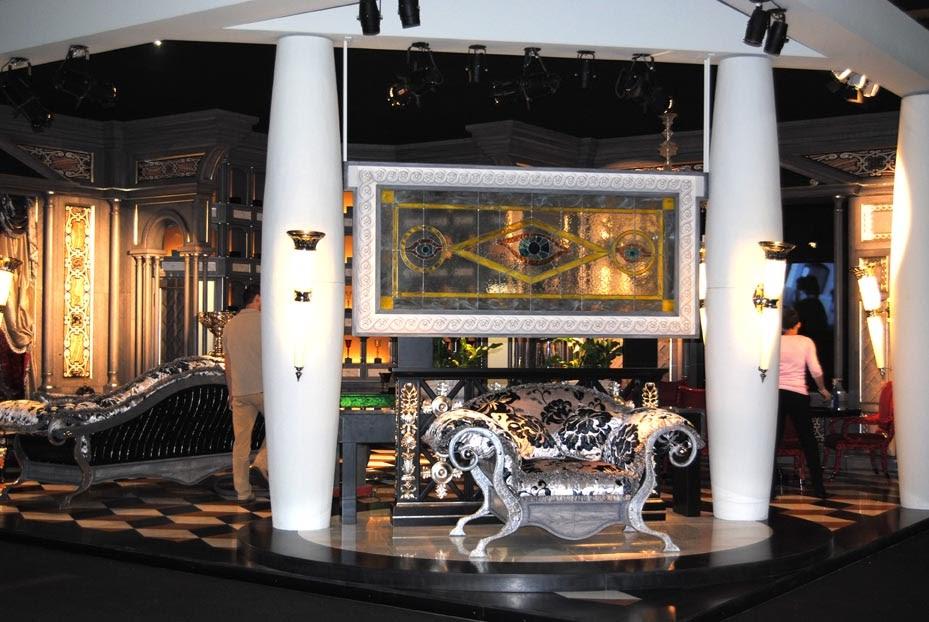 Luxury goes living il classico al salone del mobile for Il mobile classico