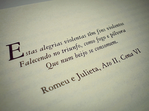 Frases De Autores De Livros: William Shakespeare: Romeo And Juliet/ Romeu E Julieta