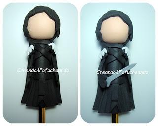 detalles-capa-y-espada-como-hacer-un-fofulapiz-de-jon-nieve (juego de tronos)