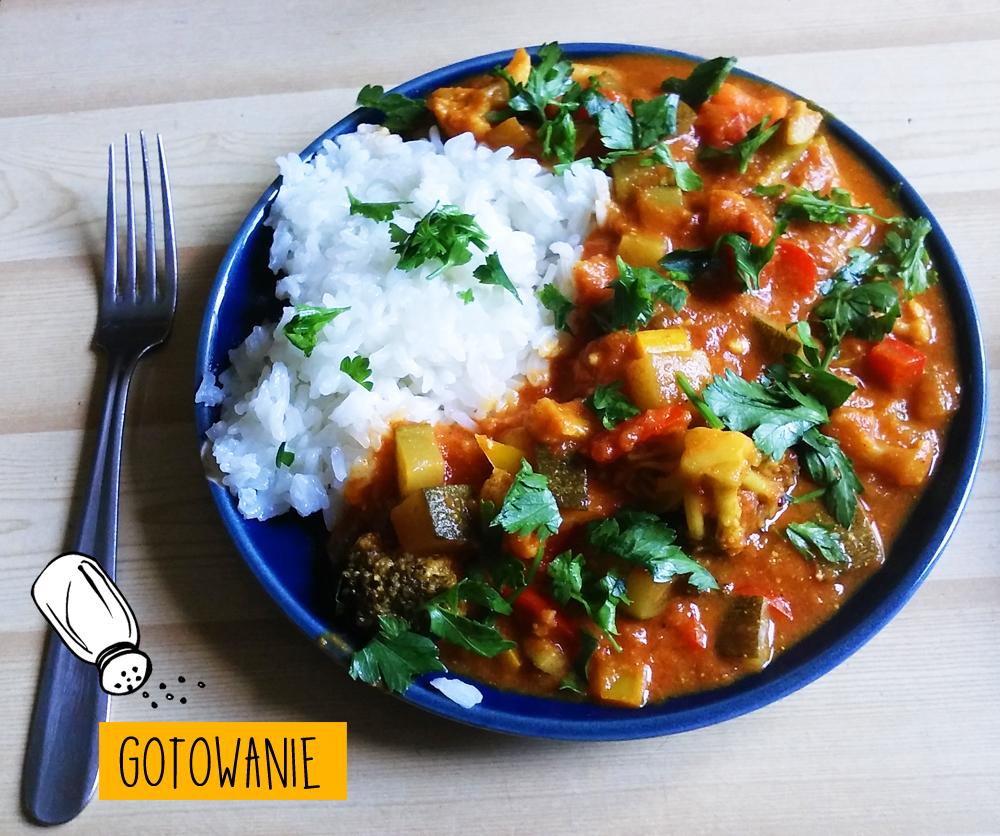 Paprykowe curry z cukinią