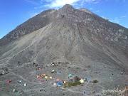 Trekking Gunung Merapi