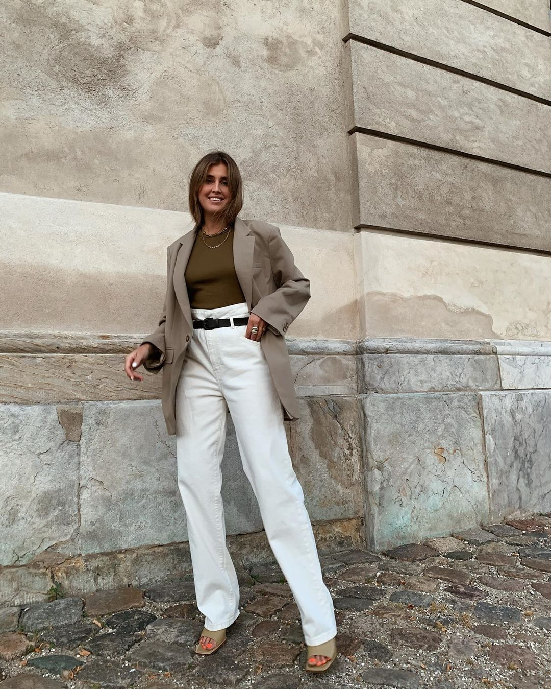 Keep Wearing Your White Jeans Into Fall
