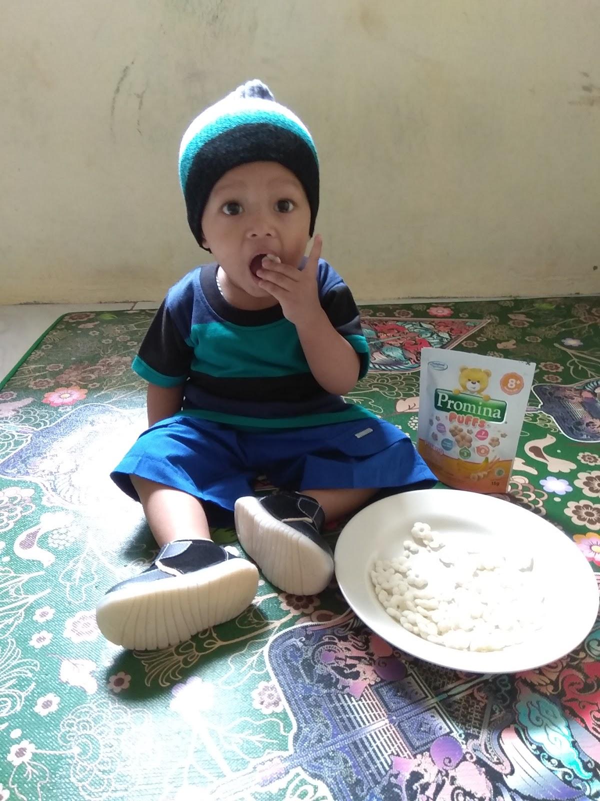 Review Promina Puffs Snack Bayi Tepat Untuk Si Kecil Sweet Home Puff Pisang Sultan With His Banana Finger
