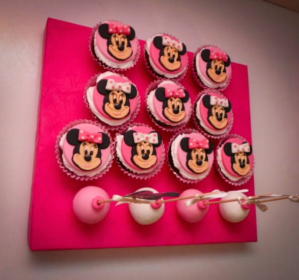 Cake Pops Pink And Black