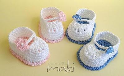 Mini chaussons bébé au crochet