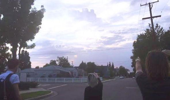 Kota Hantu Kembali Muncul Di Langit California