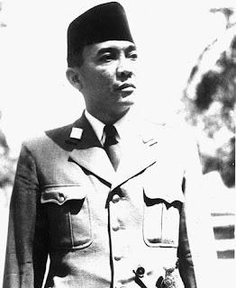 sukarno proklamator indonesia yang sangat di segani